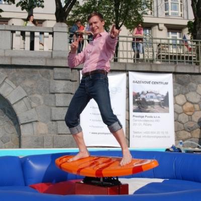 Surf simulátor